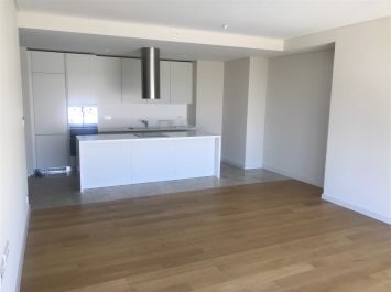 Luxury 3 Bedrooms Residence At One Tower