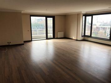 Luxury 4+1 Apt In Tria Residence